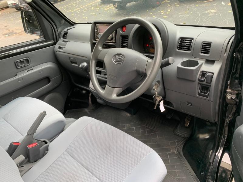 Daihatsu Hijet Deck Van 2014 price $13,499