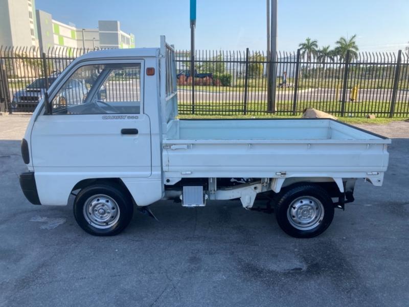 Suzuki Carry 1990 price $6,299