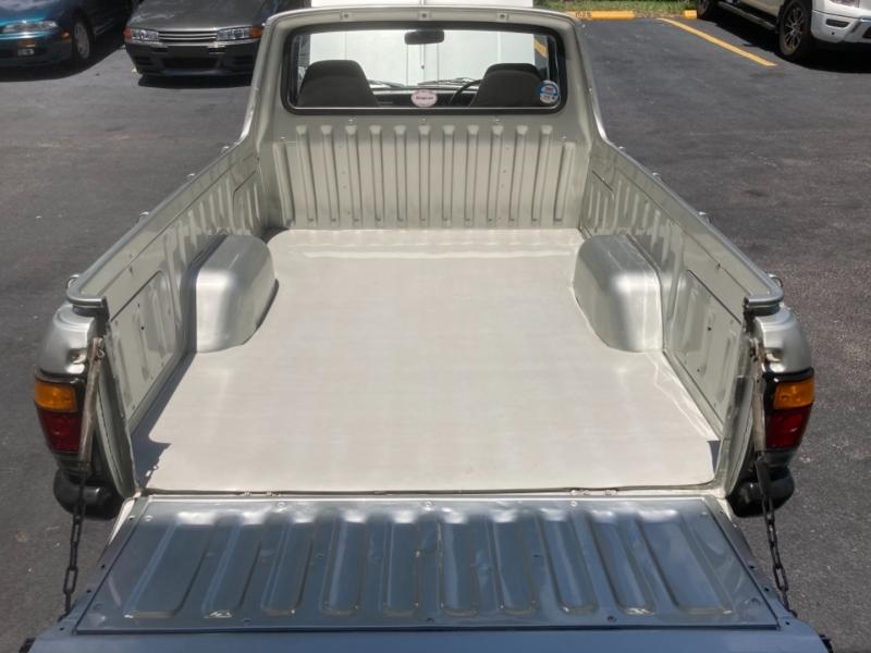 Nissan Sunny Truck B122 1993 price $19,499