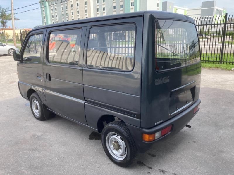 Suzuki Every Mini Van 1994 price $6,899