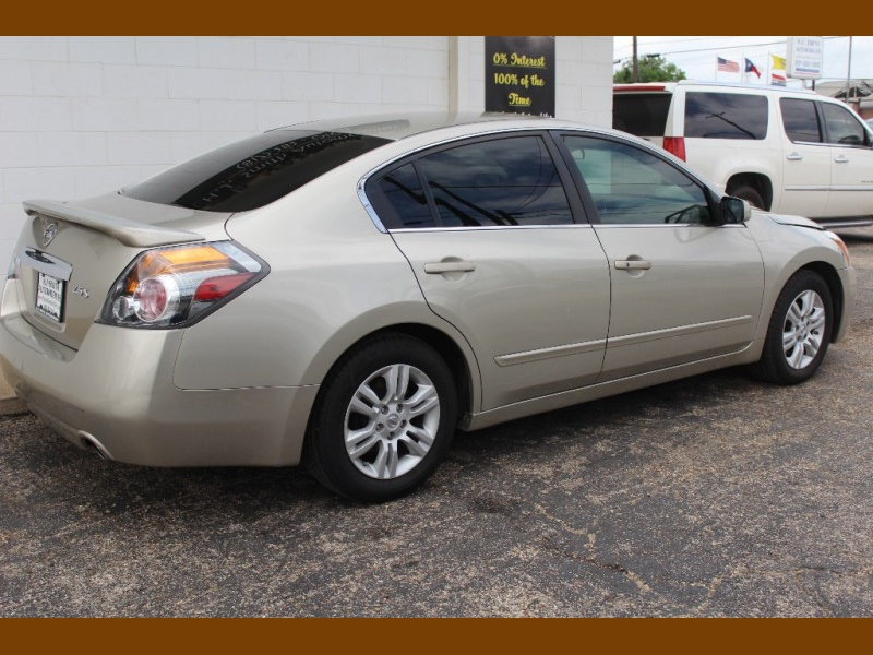 Nissan Altima 2010 price $8,995