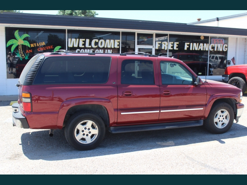 Chevrolet Suburban 2005 price $8,995