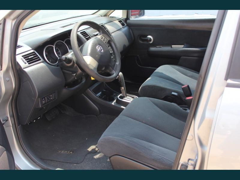 Nissan Versa 2010 price $7,995