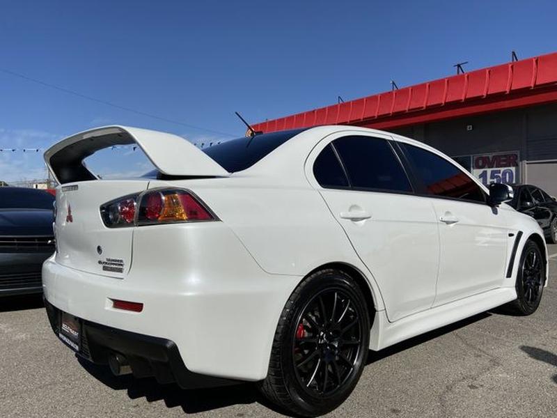 Mitsubishi Lancer Evolution 2015 price $29,995