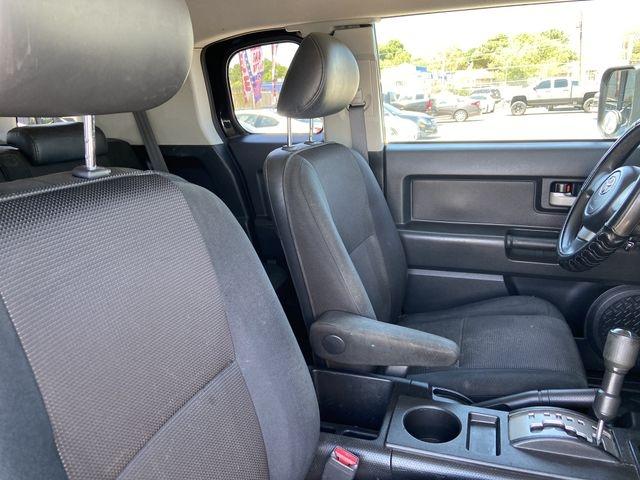 Toyota FJ Cruiser 2007 price $11,995
