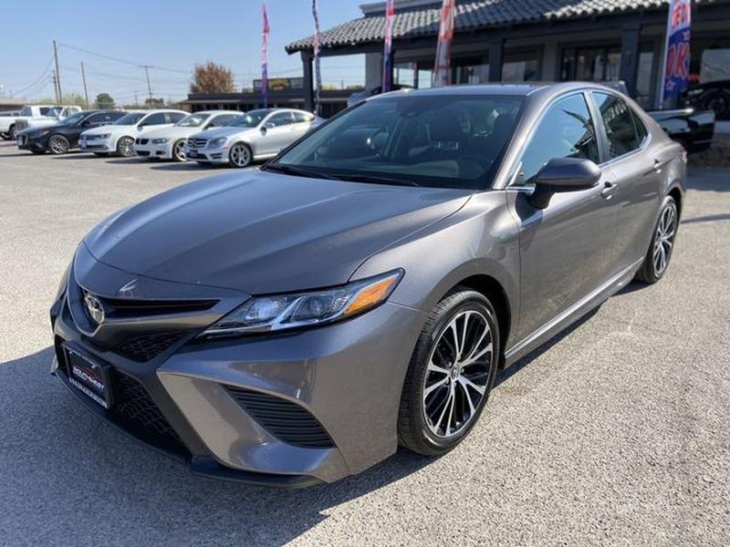 Toyota Camry 2020 price $23,495
