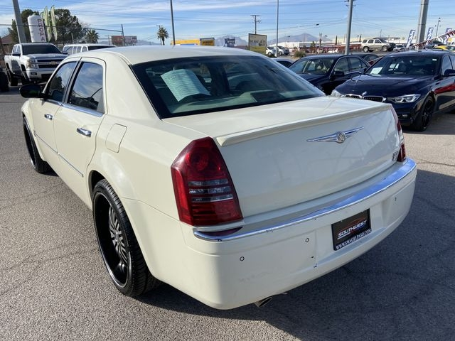 Chrysler 300 2006 price $5,495