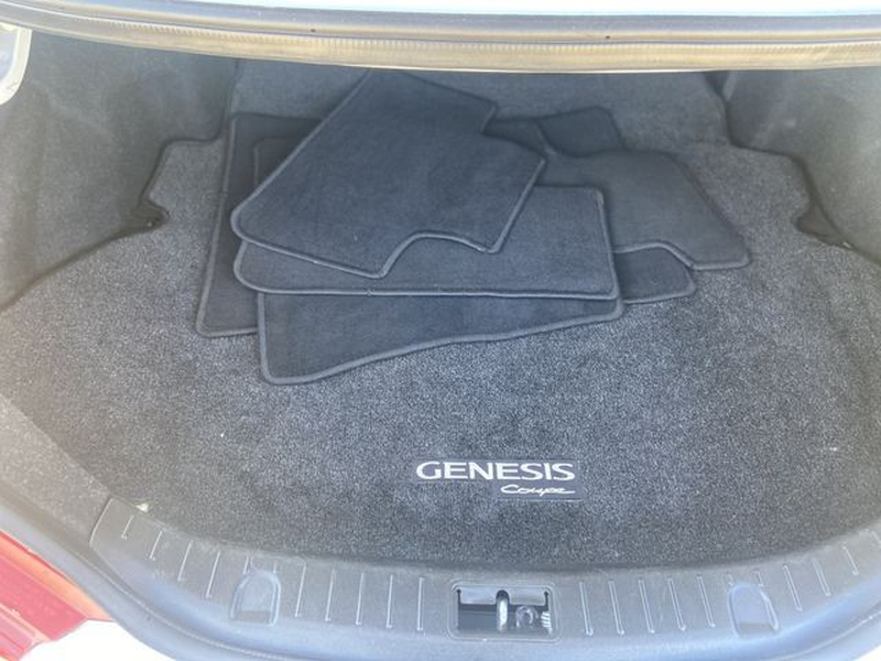 Hyundai Genesis Coupe 2015 price $20,995