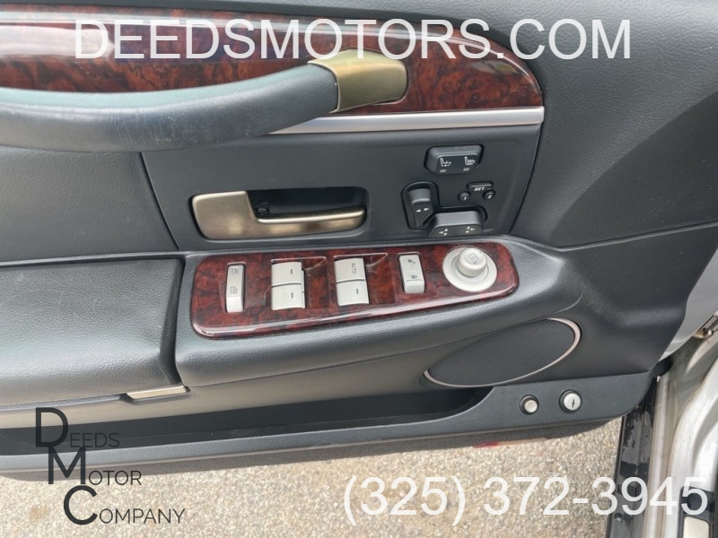 LINCOLN TOWN CAR 2009 price $9,975