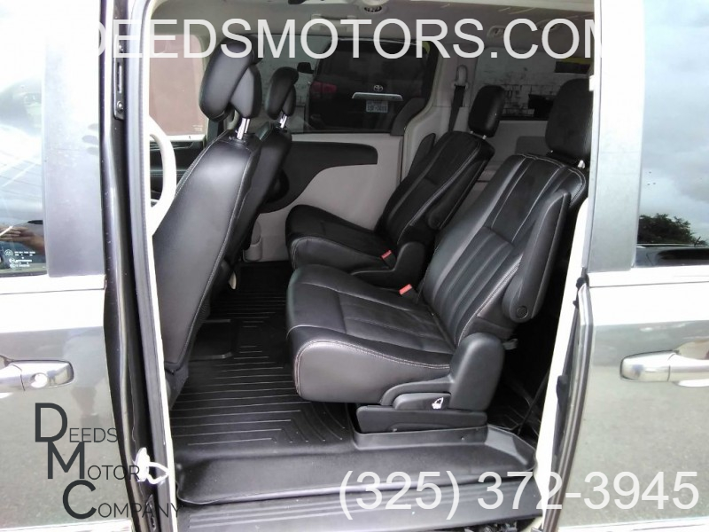 CHRYSLER TOWN & COUNTRY 2015 price $12,950