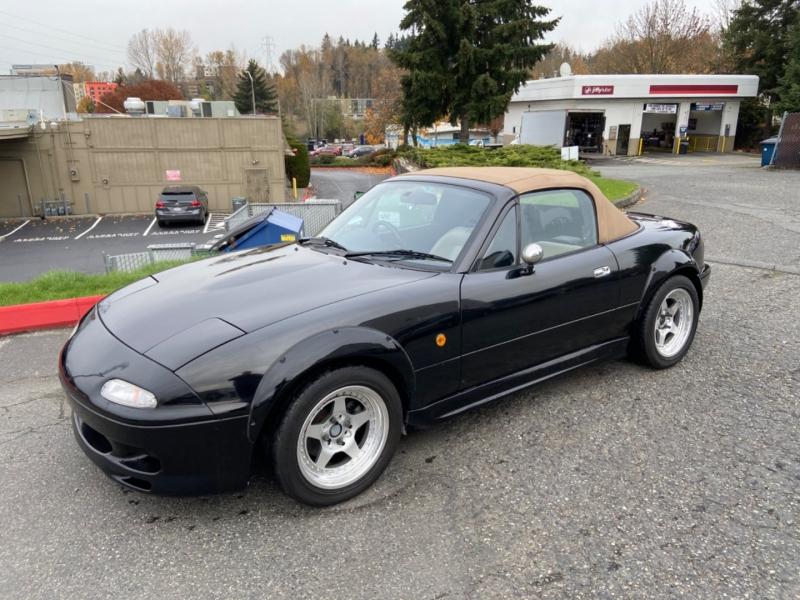 Mazda miata eunos roadster 1994 price $15,995