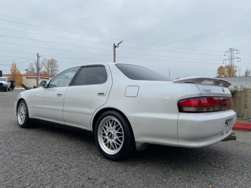 Toyota cresta 1994 price $16,499
