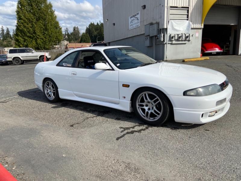 Nissan skyline GTS25T 1995 price $25,995