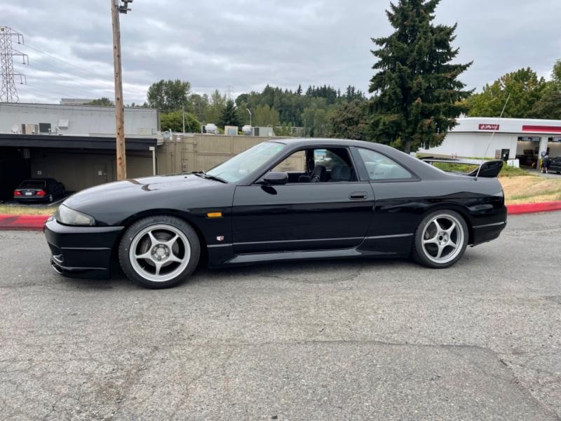 Nissan R33 skyline GTS25T 1995 price $25,995