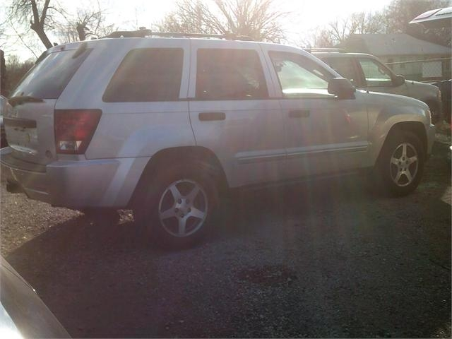Jeep Grand Cherokee 2005 price $4,000