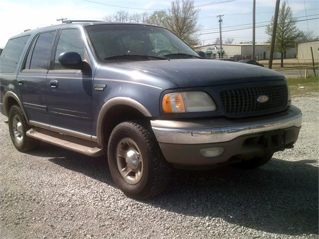 Ford Expedition 2000 price $2,500