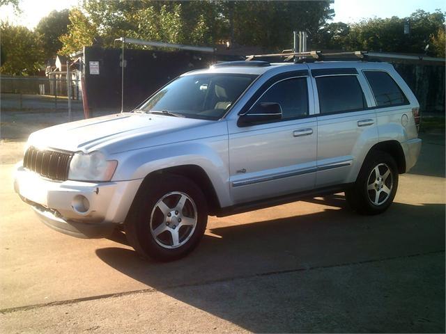 Jeep Grand Cherokee 2006 price $4,000