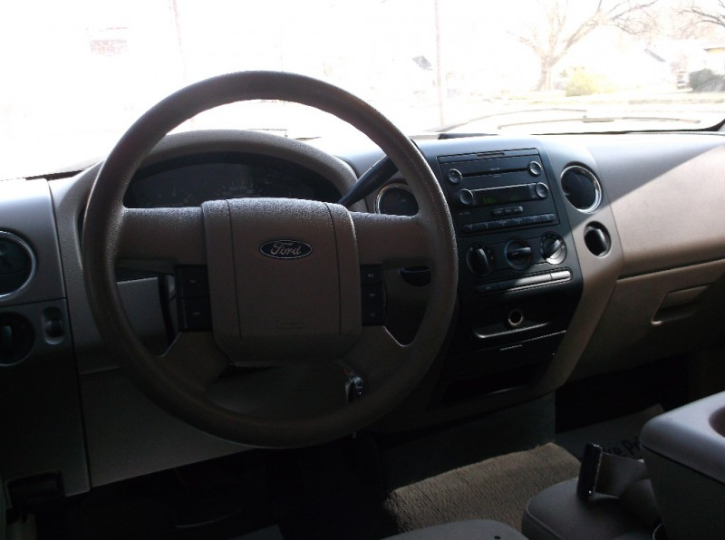 Ford F-150 2006 price $7,500