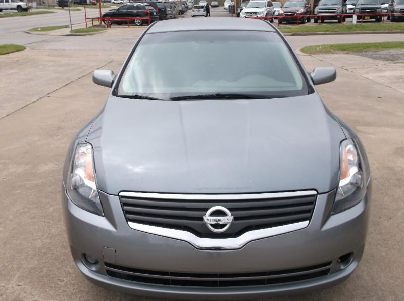 Nissan Altima 2009 price $6,500