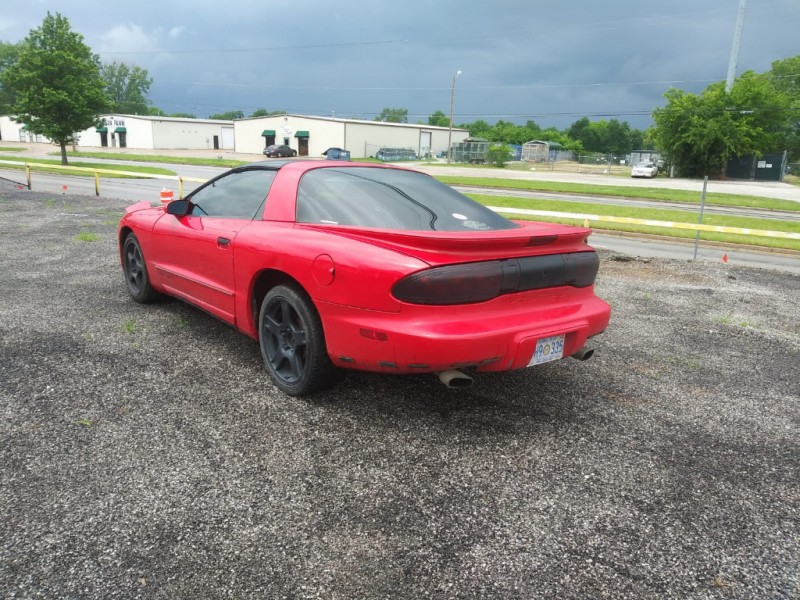 Pontiac Firebird 1997 price $3,000