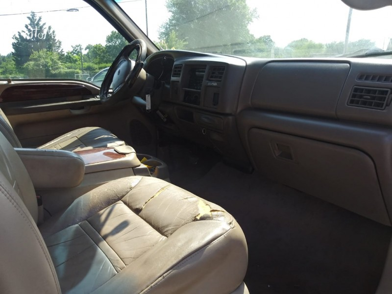 Ford Excursion 2000 price $3,000
