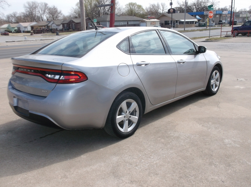 Dodge Dart 2015 price $8,000