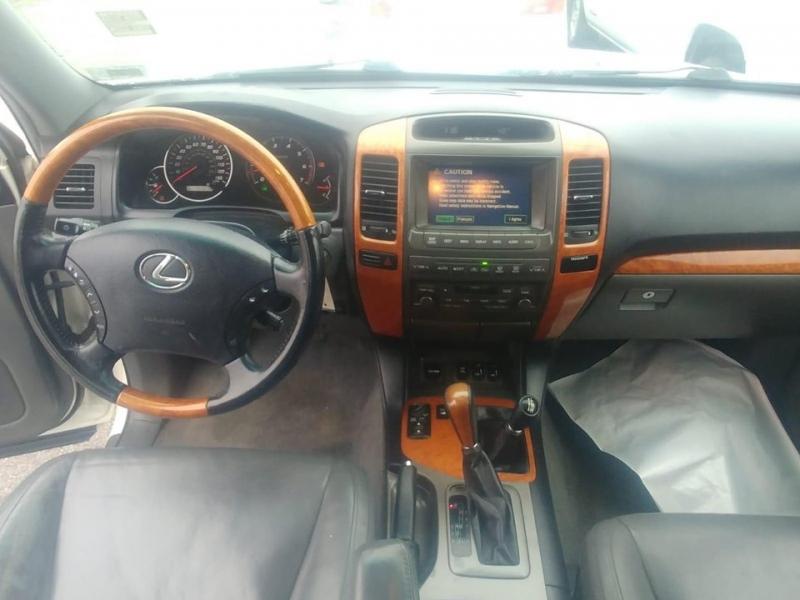 Lexus GX 470 2005 price $8,500