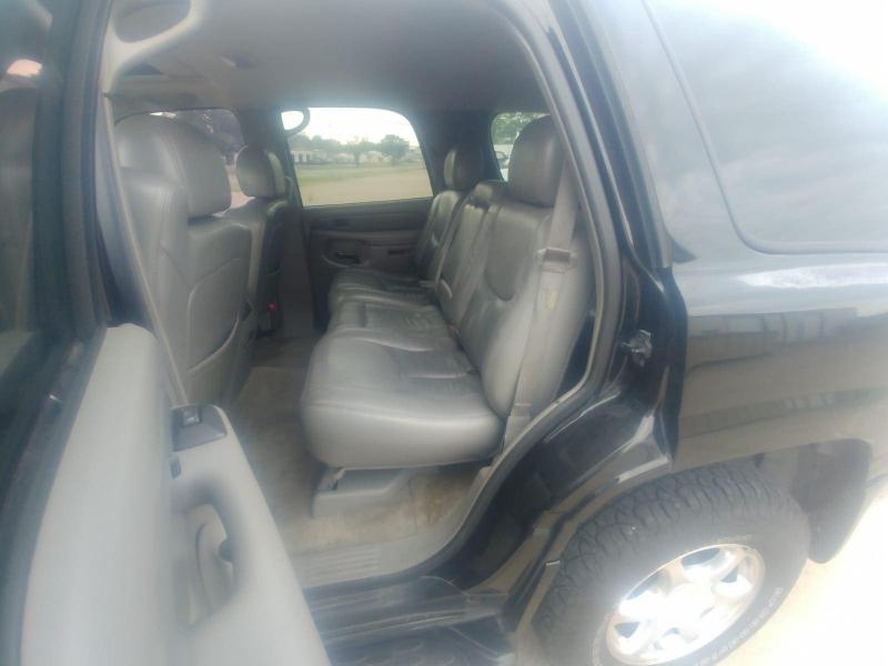 GMC Yukon 2004 price $3,000