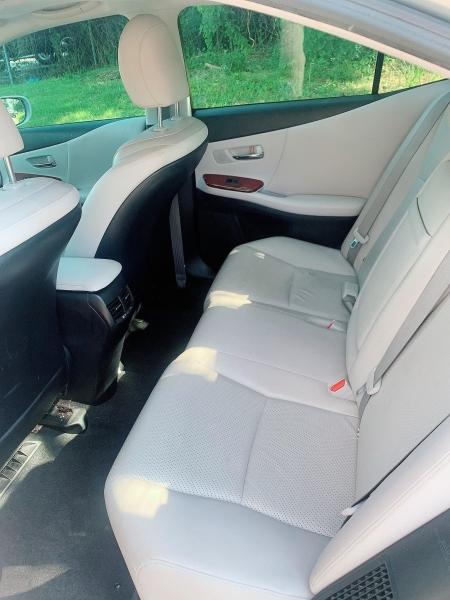 Lexus HS 250h 2010 price $8,500