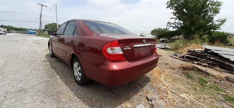 Toyota Camry 2003 price $2,500