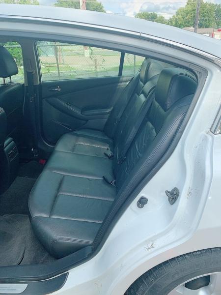 Nissan Altima 2007 price $4,500