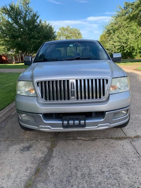 Lincoln Mark LT 2006 price $8,000