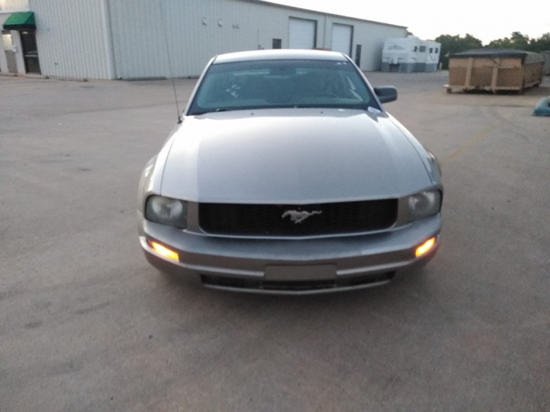 Ford Mustang 2008 price $2,500