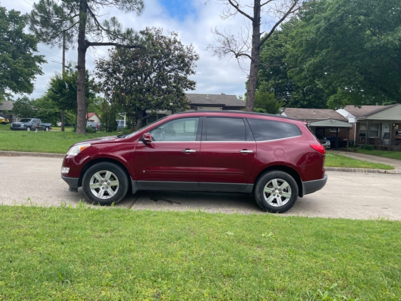 Chevrolet Traverse 2010 price $10,000