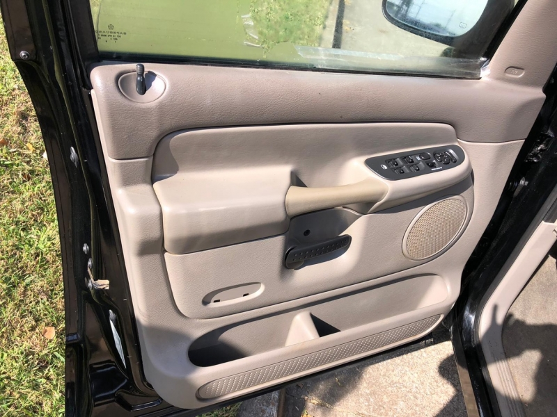 Dodge Ram 1500 2005 price $8,000
