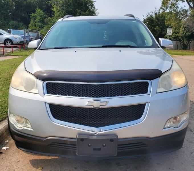 Chevrolet Traverse 2009 price $7,000