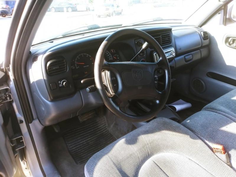 Dodge Dakota 1998 price $3,500