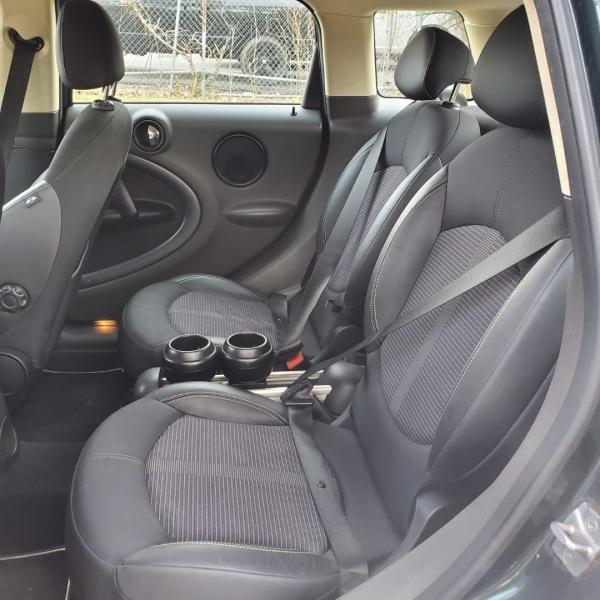 Mini Cooper Countryman 2011 price $9,999