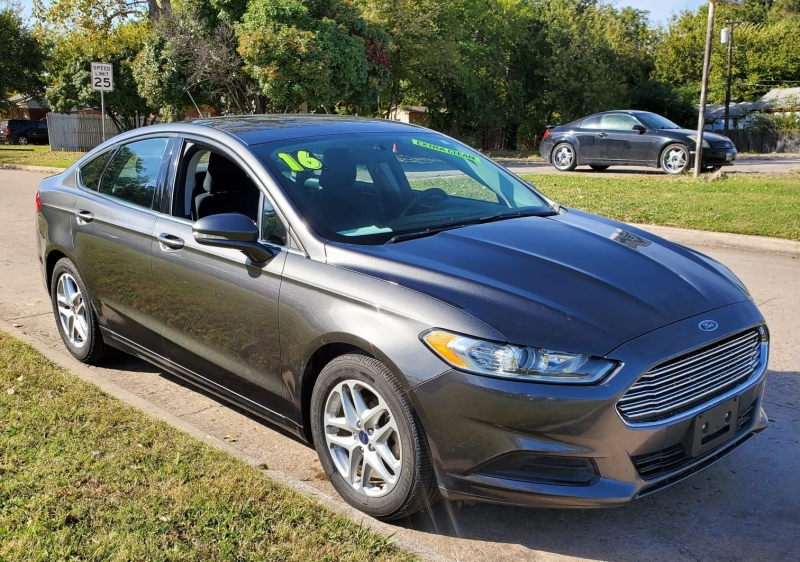 Ford Fusion 2016 price $11,000