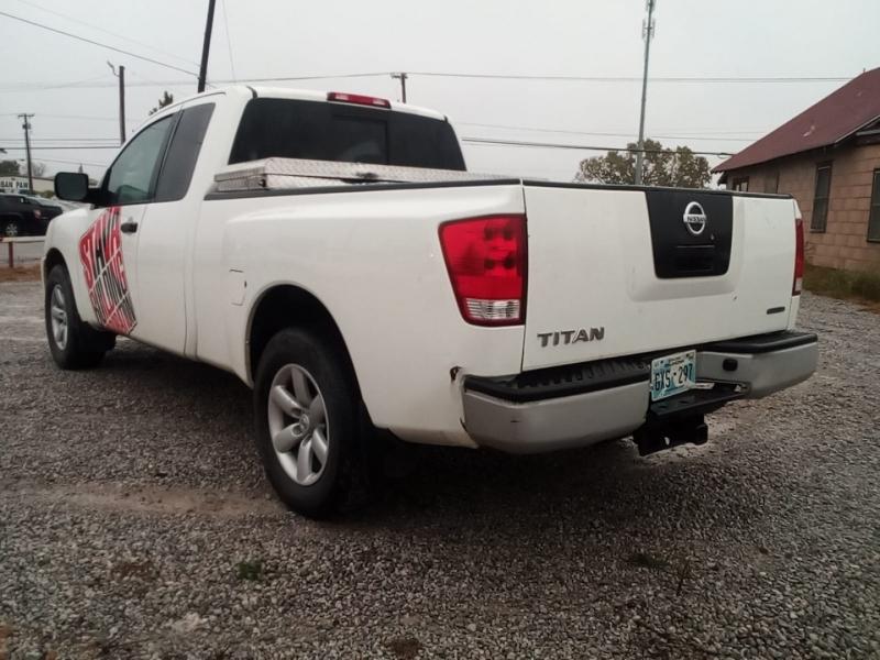 Nissan Titan 2011 price $4,000