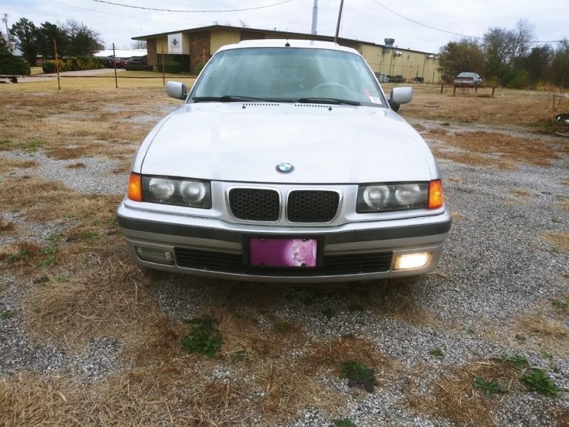BMW 3-Series 1999 price $3,000
