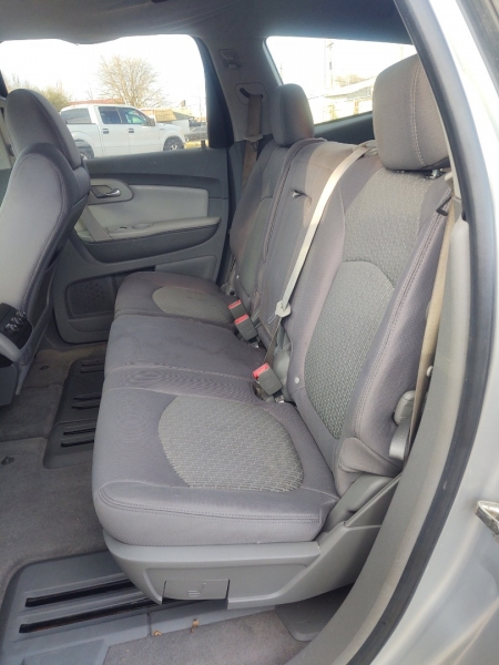 Chevrolet Traverse 2010 price $6,000
