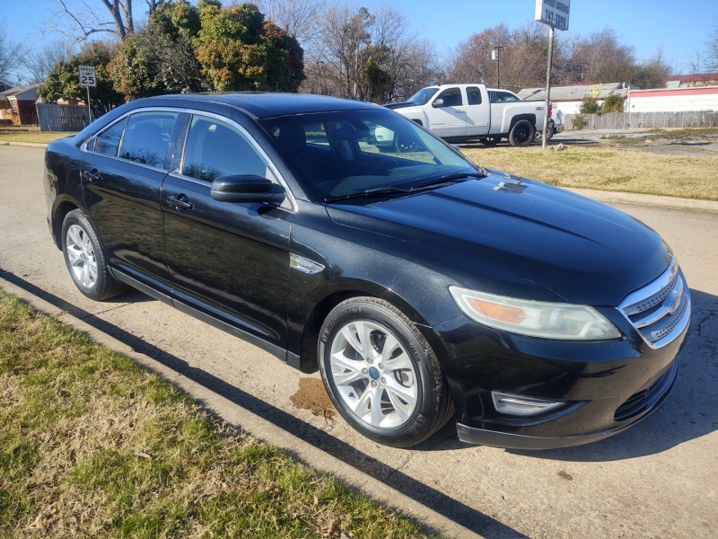 Ford Taurus 2010 price $9,999