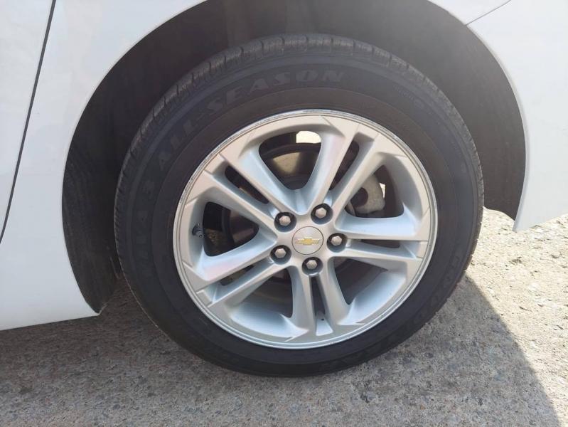 Chevrolet Cruze 2016 price $9,999