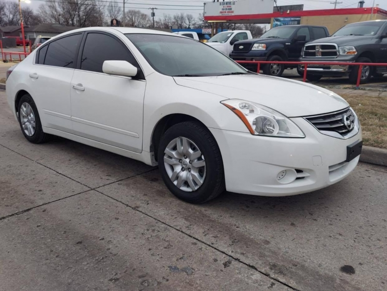 Nissan Altima 2012 price $7,500