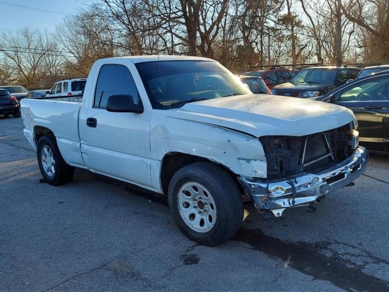 Chevrolet Silverado 1500 2006 price $3,000