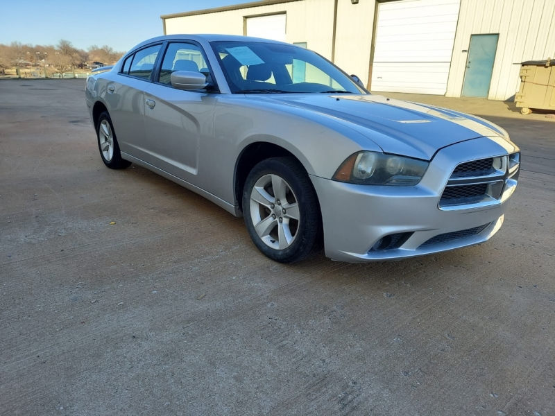 Dodge Charger 2011 price $13,000