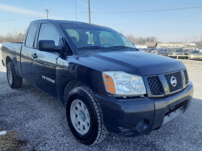 Nissan Titan 2005 price $5,500