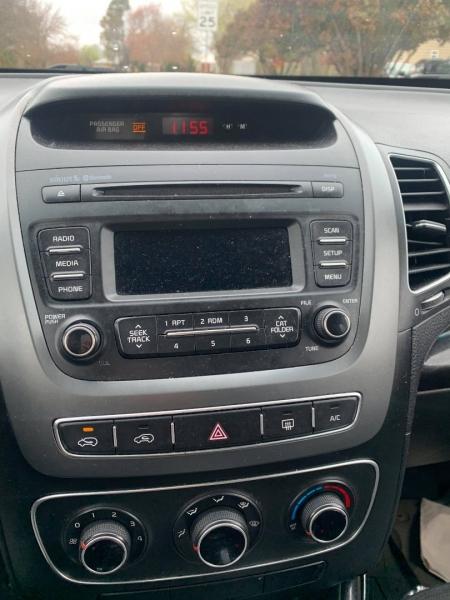 Kia Sorento 2014 price $9,999