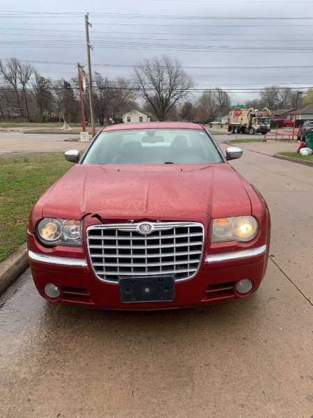 Chrysler 300 2007 price $8,500